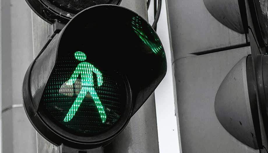 Zo krijg je een go op je HR Communicatieplan )sfeerfoto van groen licht)